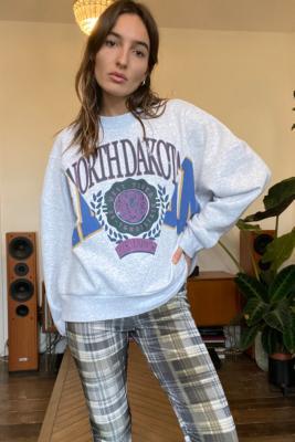 UO Dakota Spliced Sweatshirt - Grey L at Urban Outfitters