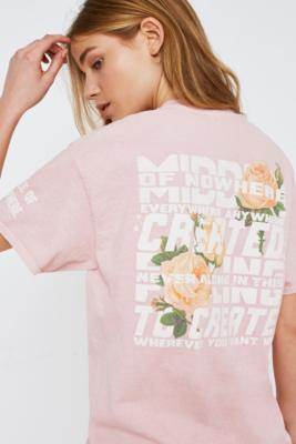 Urban Outfitters - UO Floral Middle of Nowhere Overdyed T-Shirt, Pink