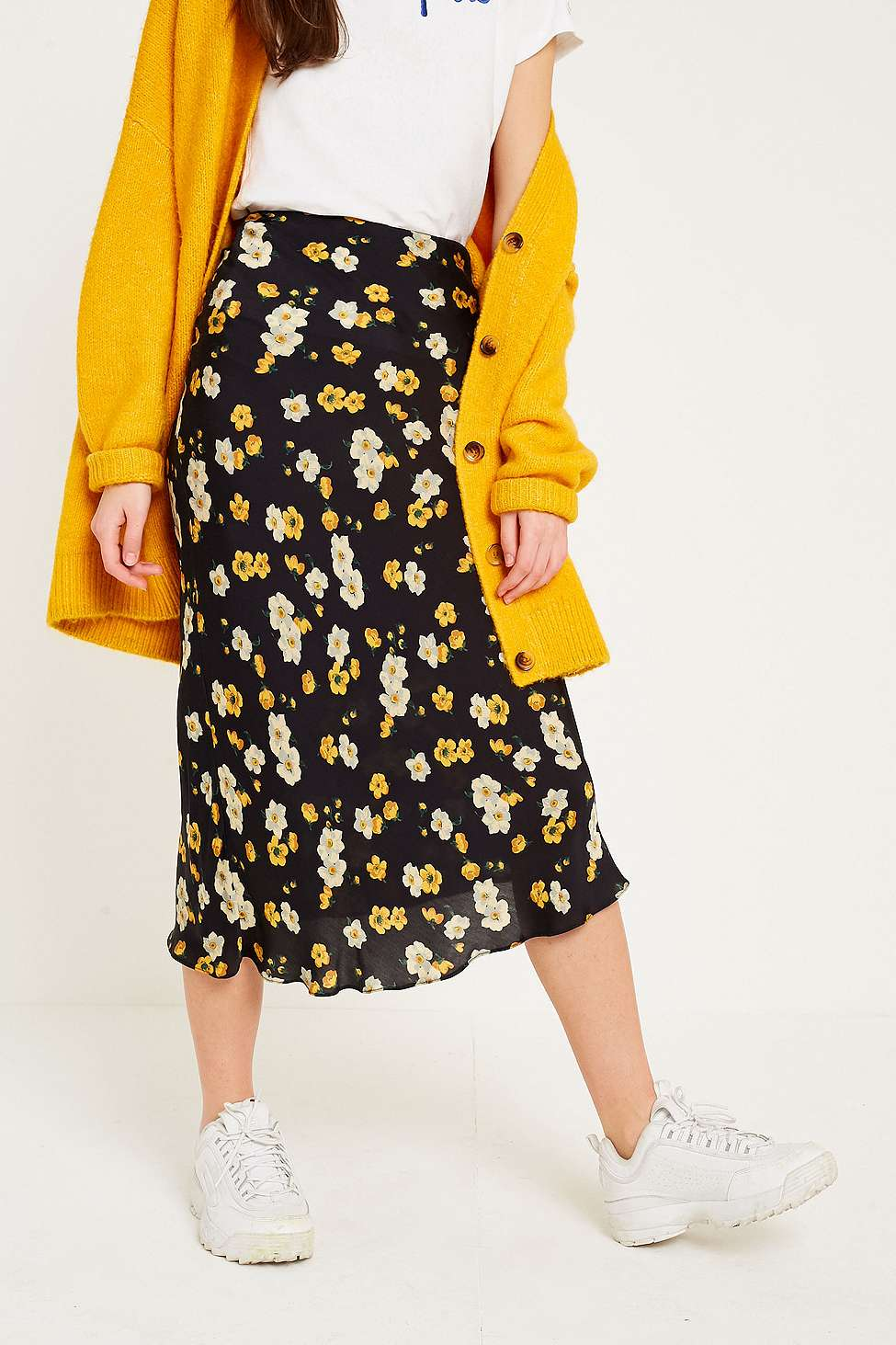 Slide View: 3: UO Daffodil Satin Midi Skirt