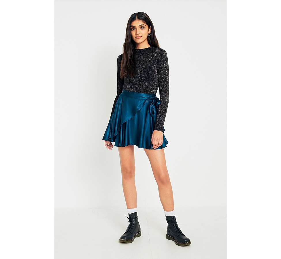 Slide View: 3: UO Maise Shiny Wrap Mini Skirt