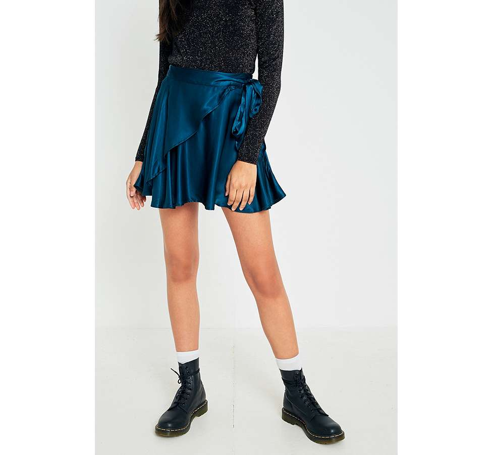 Slide View: 4: UO Maise Shiny Wrap Mini Skirt