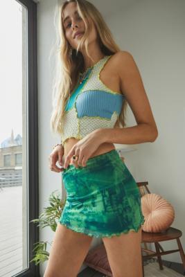 UO - Mini jupe ultra-courte en voile années 2000 - Urban Outfitters - Modalova
