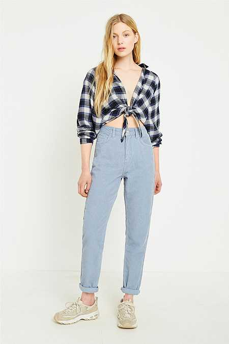 BDG – Mom Jeans aus Cord in Blau