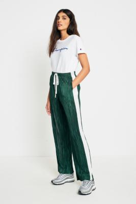 Light Before Dark - Light Before Dark Green and Ivory Puddle Plisse Trousers, Green