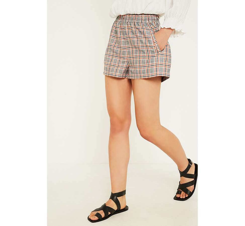"Slide View: 2: Urban Outfitters – Karierte Shorts ""City"" in Orange"