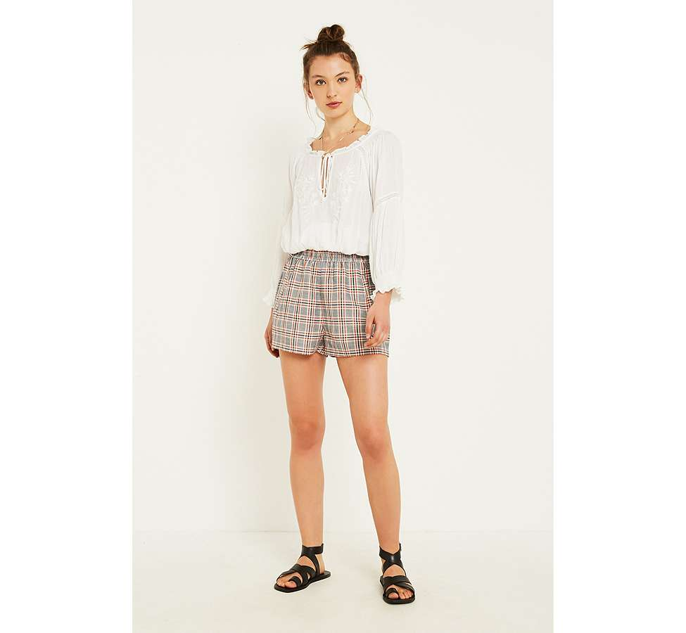 "Slide View: 6: Urban Outfitters – Karierte Shorts ""City"" in Orange"