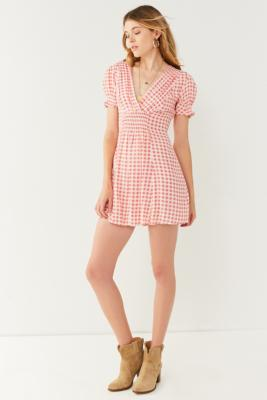 Urban Outfitters - UO Molly Smocked Gingham Mini Dress, Pink