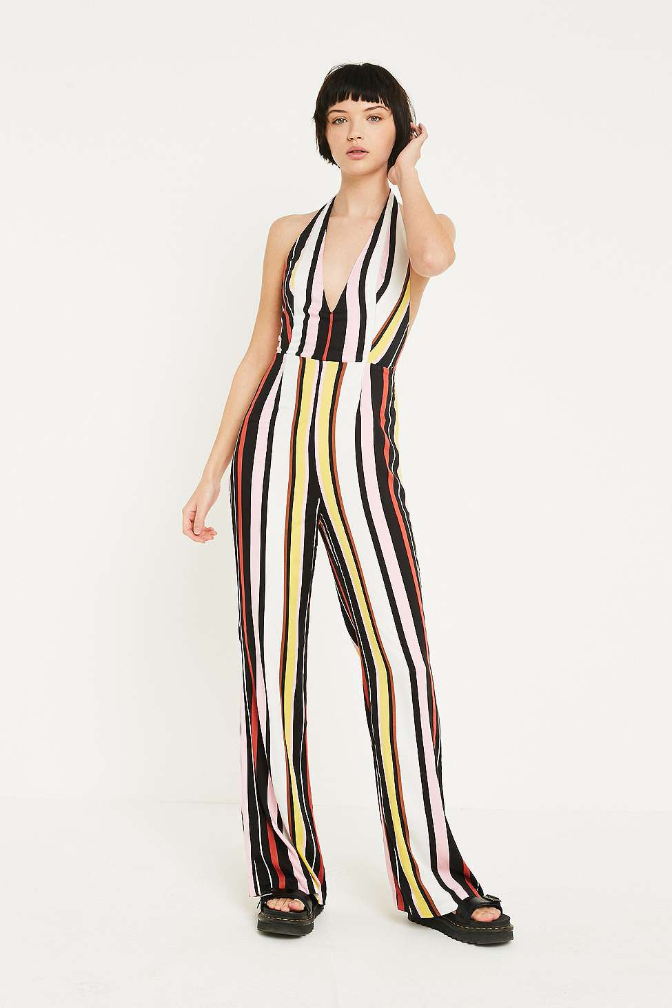 Uo Shiloh Black White Plunging Flare Jumpsuit Urban Outfitters Fr