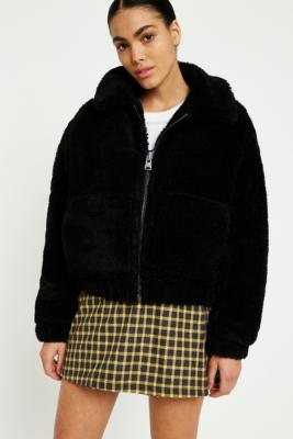 Urban Outfitters - UO Teddy Black Zip-Through Cropped Jacket, Black