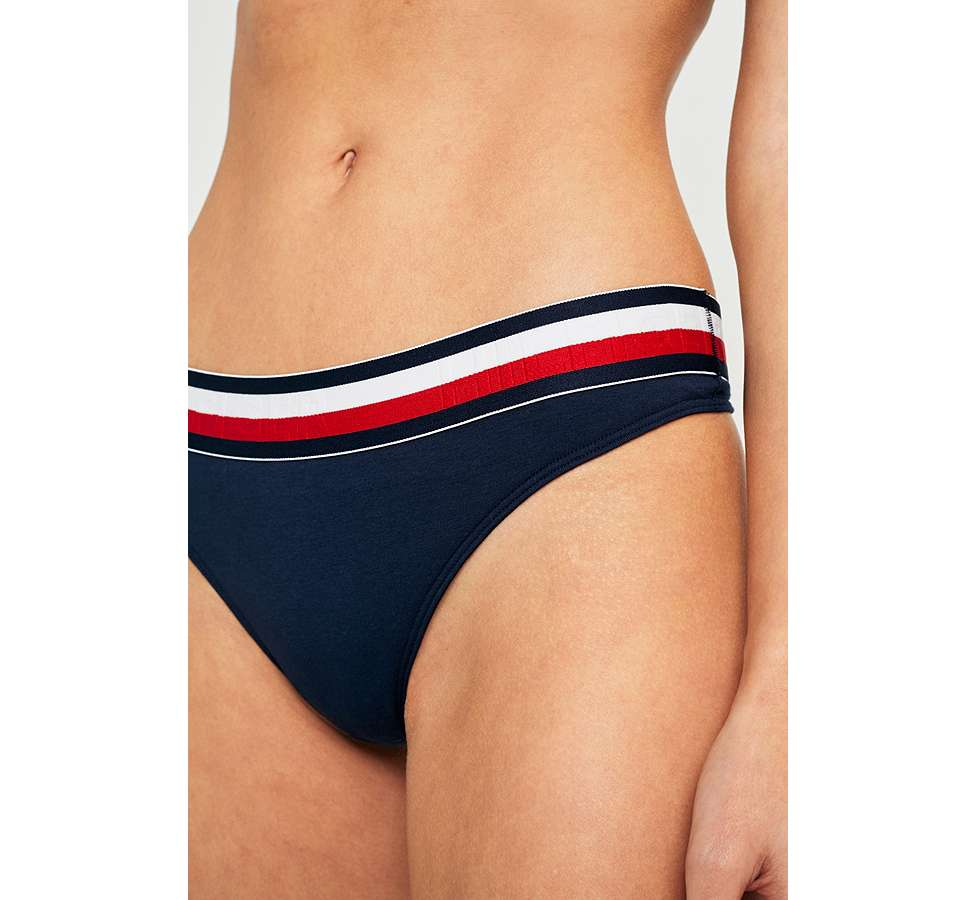 Slide View: 3: Tommy Hilfiger - String à taille rayée
