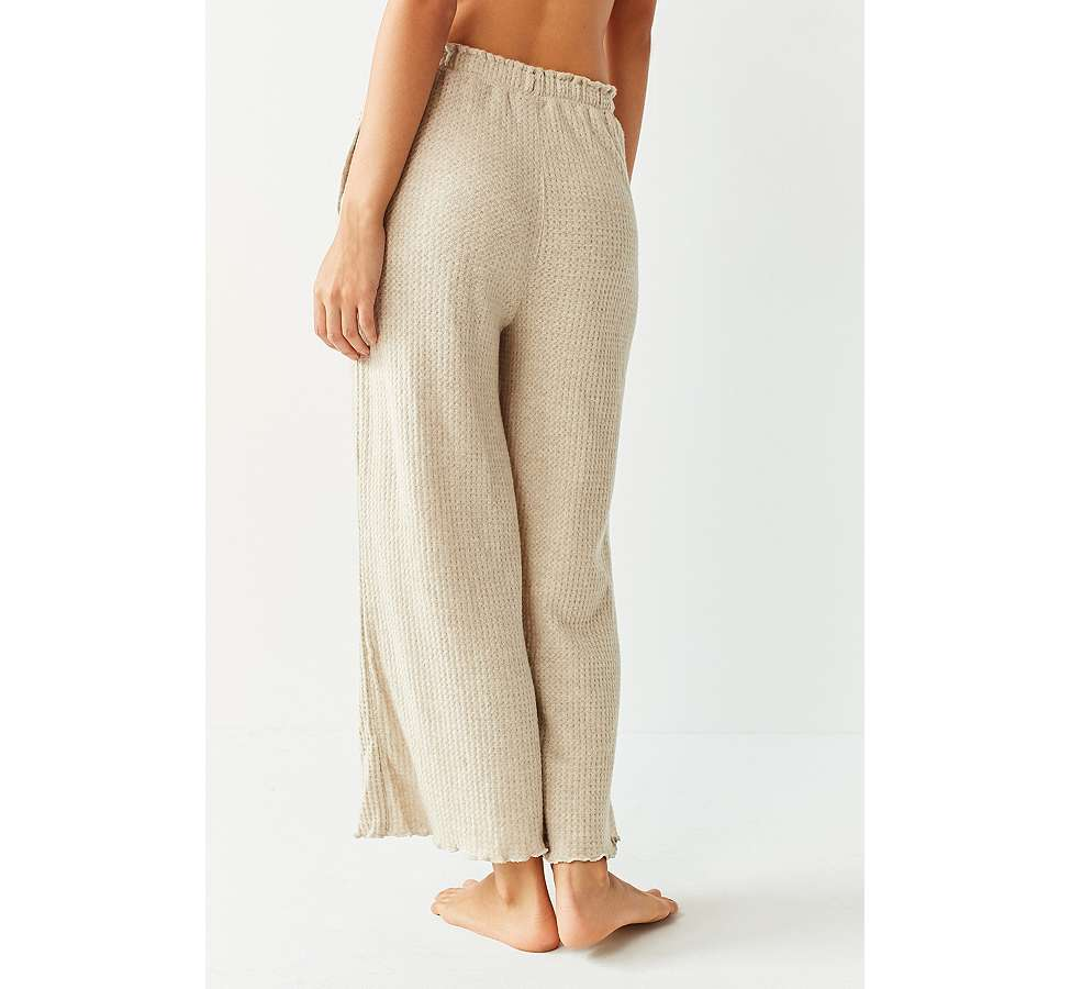 Slide View: 3: Out From Under - Pantalon jupe-culotte gaufré