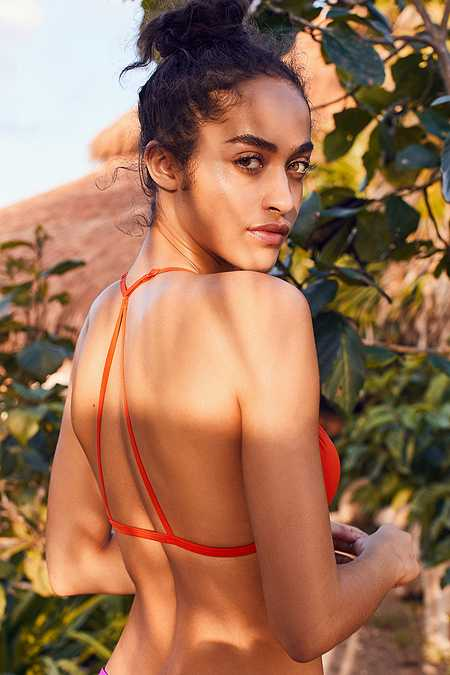 Out From Under – Triangel-Bikinioberteil mit Racerback