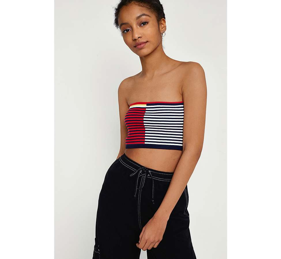 Slide View: 1: Urban Outfitters – Gestreiftes Bandeau-Oberteil im Colour-Block-Design