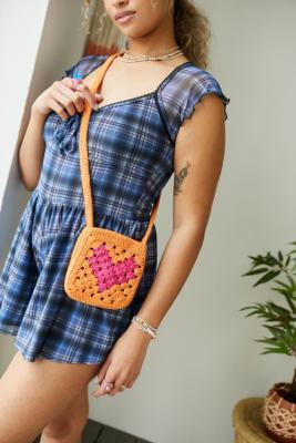 UO - Sac bandoulière fantaisie en crochet - Urban Outfitters - Modalova