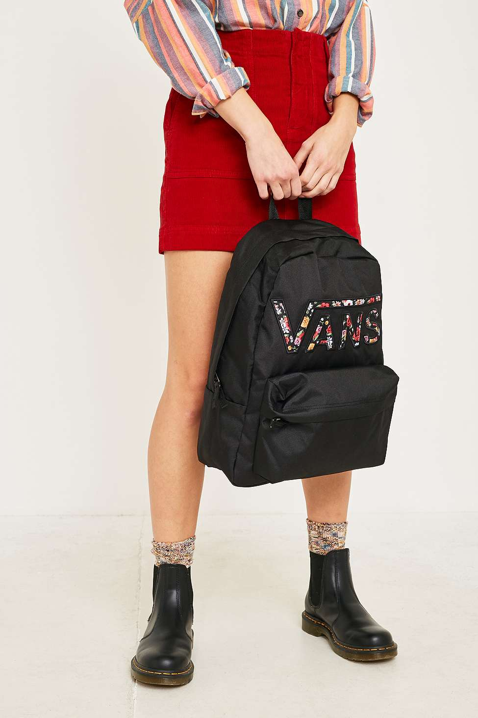 Vans Sac A Dos Realm A Fleurs Urban Outfitters Fr