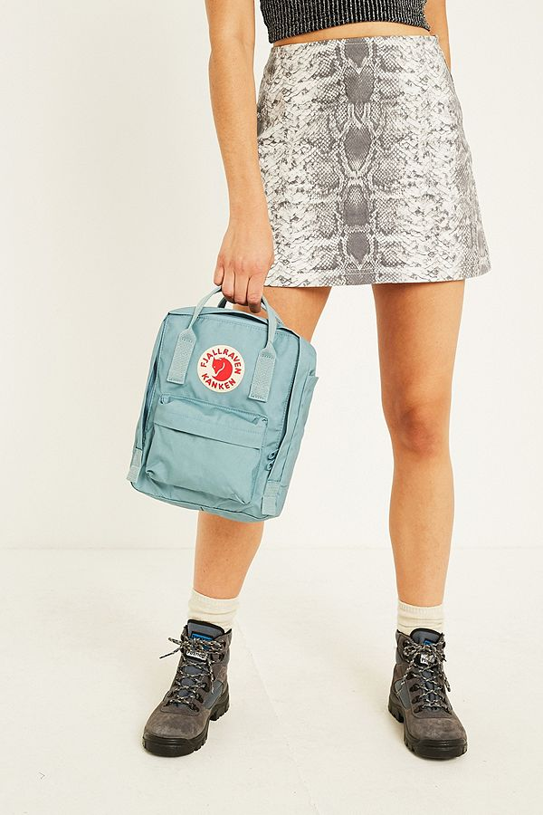 「FJALLRAVEN MINI KANKEN BACKPACK SKY BLUE」的圖片搜尋結果