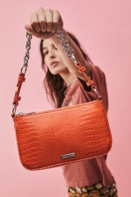 Ruth - Sac bandoulière à chaîne imitation croco - Urban Outfitters - Modalova