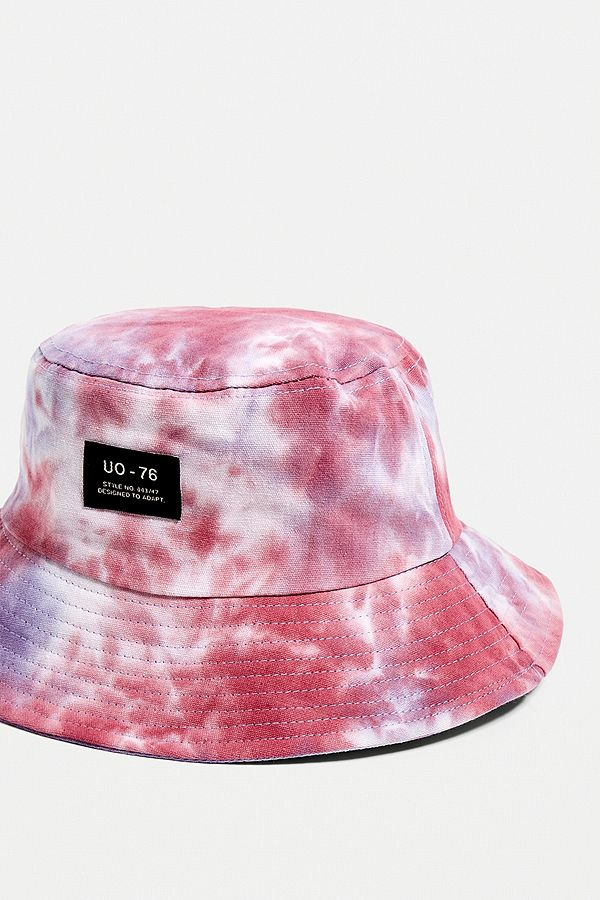 Slide View  3  UO Tie-Dye Bucket Hat 4095e5121af