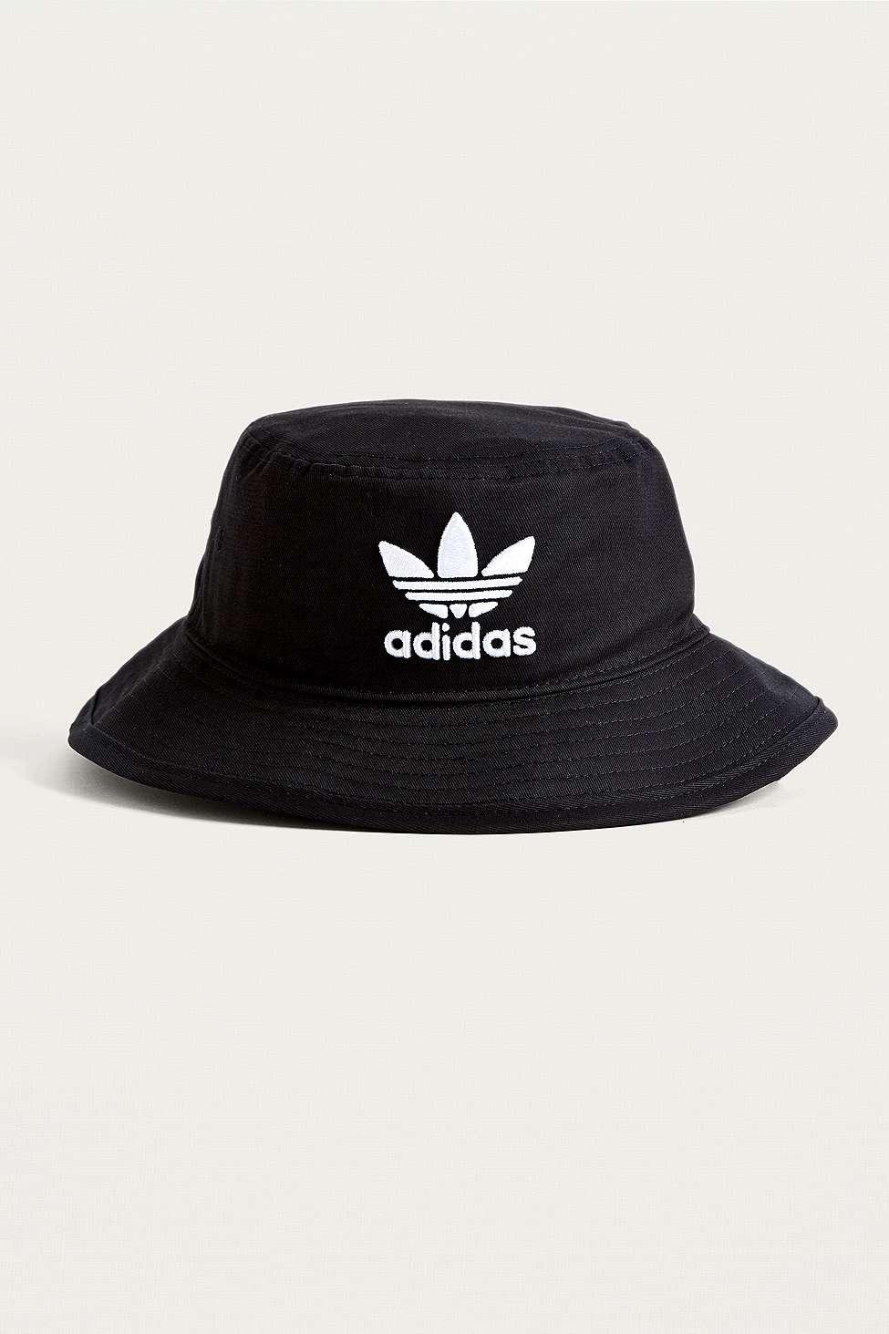 adidas originali black trifoglio secchio cappello urban outfitters