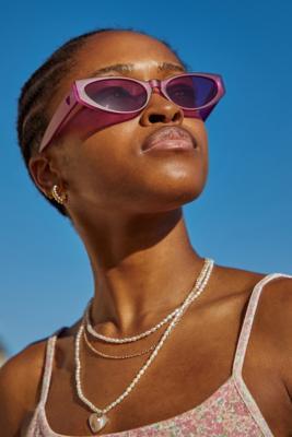 UO - Lunettes de soleil avec caurs découpés - Urban Outfitters - Modalova