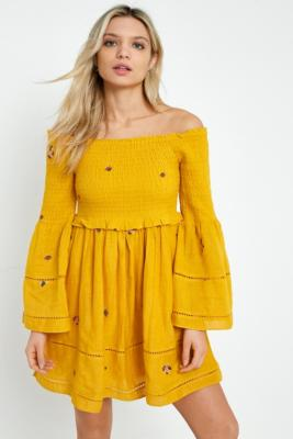 Free People - Free People Counting Daisies Yellow Embroidered Off-the-Shoulder Dress, Yellow