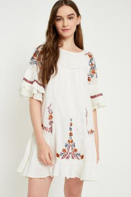 Free People - Free People Pavlo Floral Embroidered Dress, Ivory