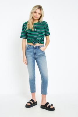 "Cheap Monday – Gekürzte Jeans ""Revive"" Mit Geradem Bein by Urban Outfitters"