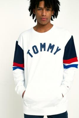Tommy Jeans – Colour Block Sweatshirt In Weiß by Urban Outfitters