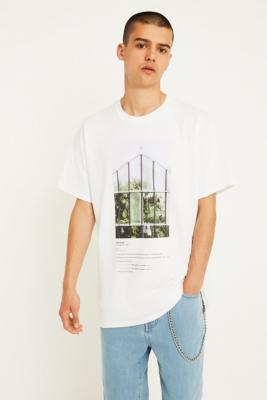 uo-botanical-photo-t-shirt by urban-outfitters