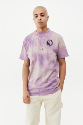 Santa Cruz Scream Yin & Yang Chest T-Shirt - Assorted M at Urban Outfitters