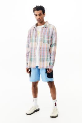 UO - Chemise texturée à carreaux\u00a0verte\u00a0 - Urban Outfitters - Modalova