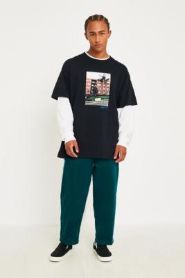 Uo   Pantalon Chino Skate En Velours Côtelé Vert by Urban Outfitters