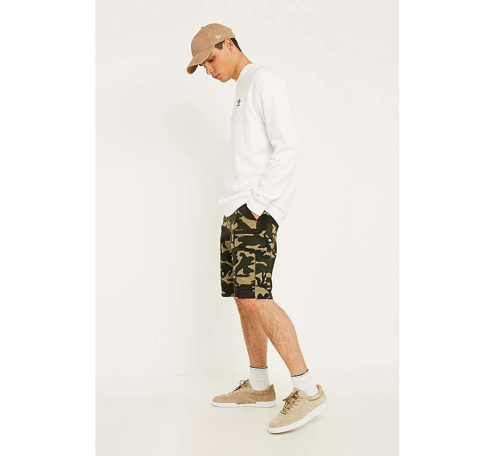 "Slide View: 3: Dickies – Workwear-Shorts ""New York"" in Camouflage"