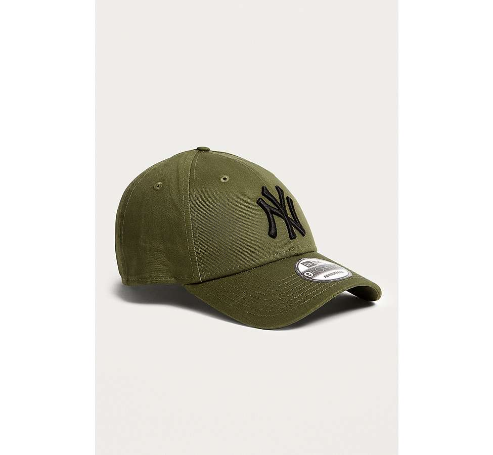 Slide View: 2: New Era 9FORTY NY Yankees Cap