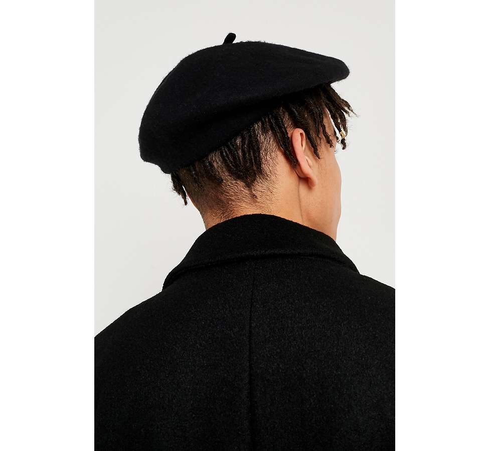 Slide View: 5: UO Black Beret
