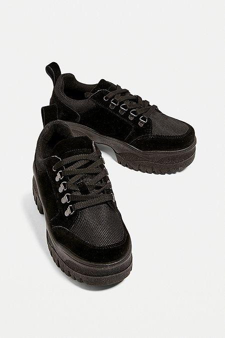 79b6ae0f76aeb Baskets femme   adidas, Vans   Reebok   Urban Outfitters FR