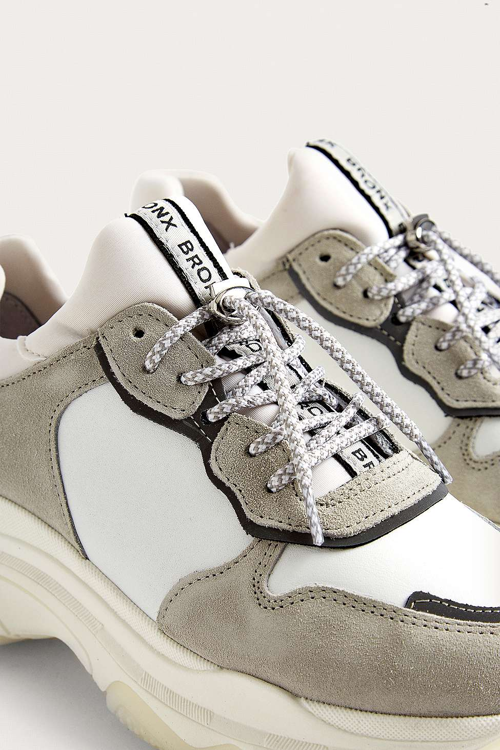 Chaussures À Semelles Blanches Bronx Épais
