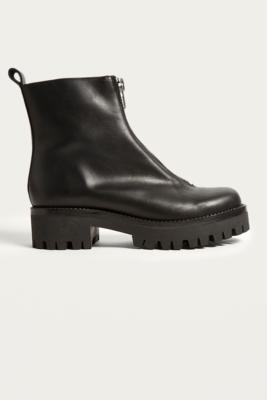 Urban Outfitters - Cleo Zip-Front Cleat Boots, Black
