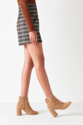 Urban Outfitters - Timber Faux Sherpa Ankle Boots, Light Brown