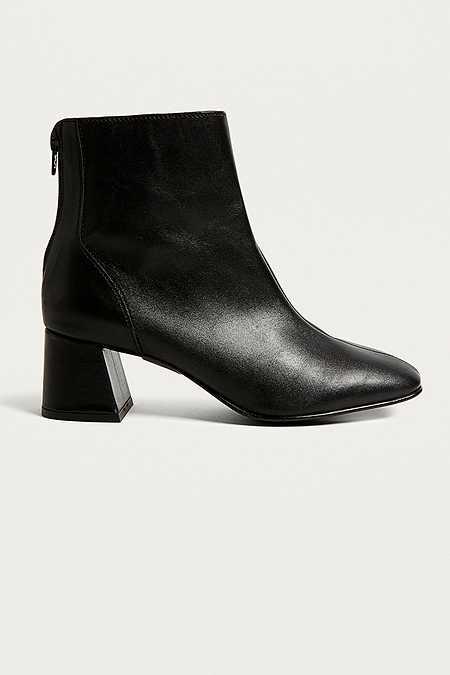 Damen Schuhe Stiefel Pumps Amp Sneaker Urban Outfitters