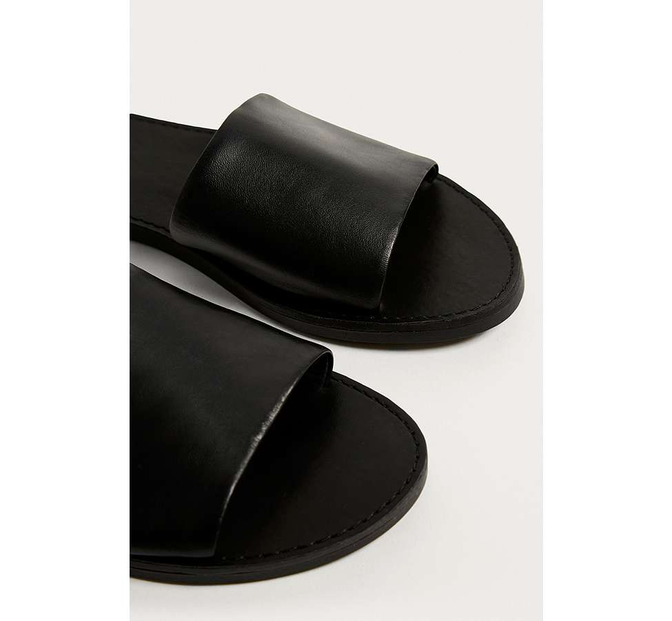 Slide View: 4: UO Mia Leather Sliders
