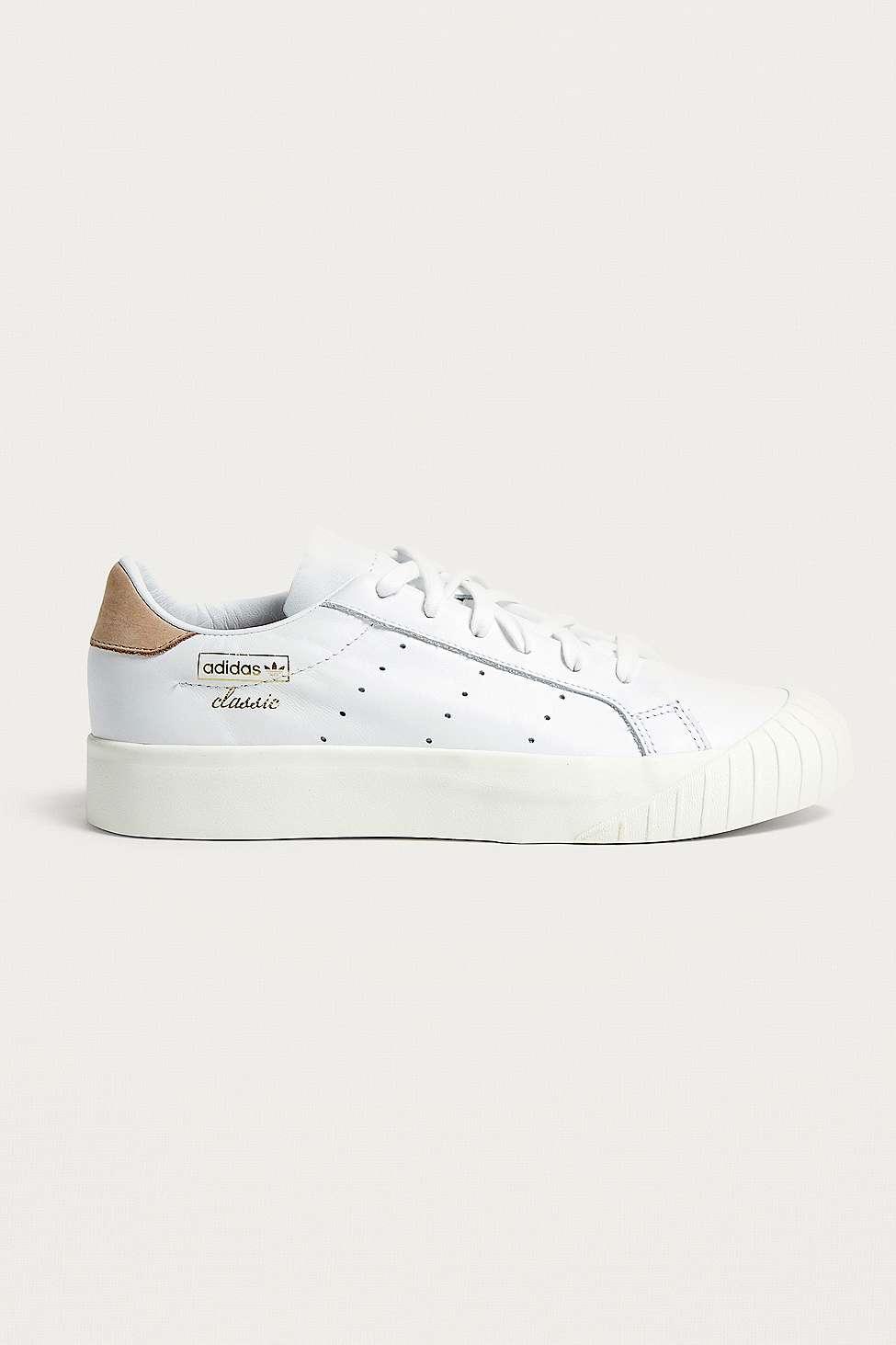 Adidas Originali Outfitters Everyn White Formatori Urban Outfitters Originali a93802