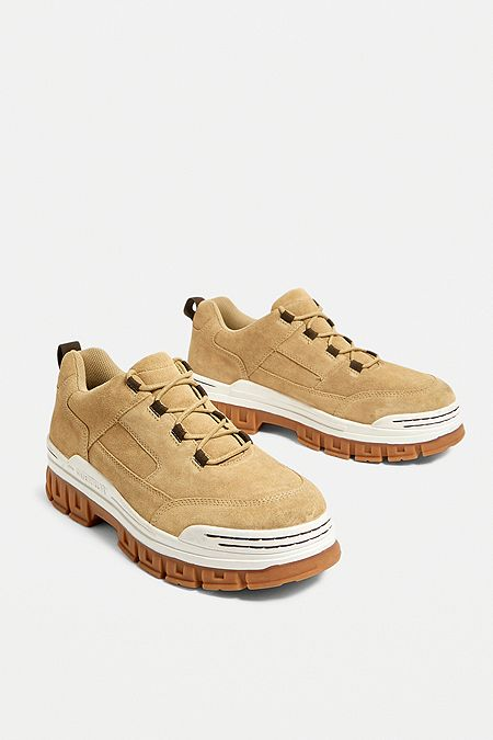 Chaussures femme   Bottes, baskets   talons   Urban Outfitters FR becf53d8ce7d