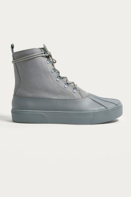 UO Duck Sneakerboot - Mens Eu 42