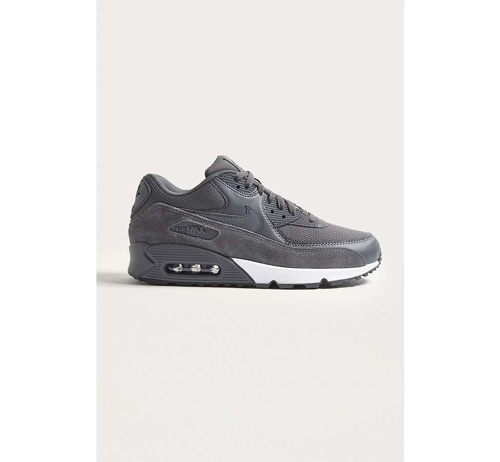 "Slide View: 1: Nike – Sneaker ""Air Max 90 Essential"" in Grau"