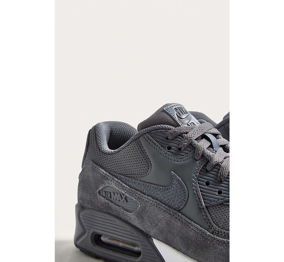 "Slide View: 3: Nike – Sneaker ""Air Max 90 Essential"" in Grau"