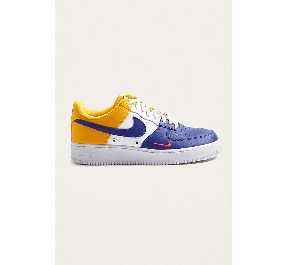 "Slide View: 1: Nike – Sneaker ""Air Force 1 '07 LV8"""