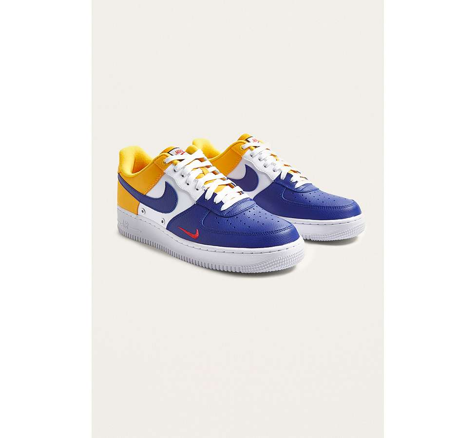 "Slide View: 2: Nike – Sneaker ""Air Force 1 '07 LV8"""