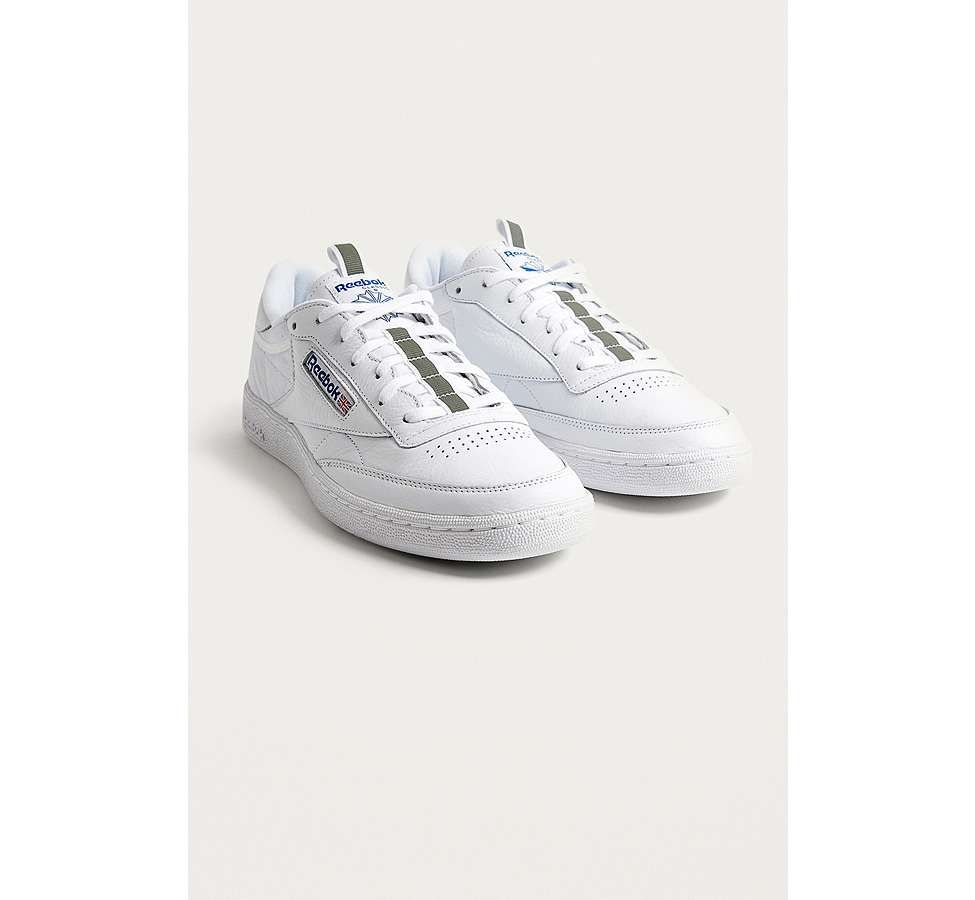 Slide View: 1: Reebok Club C 85 RT White Trainers