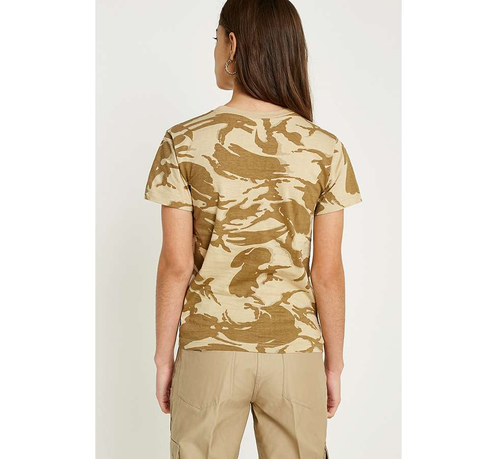 "Slide View: 4: Urban Renewal Vintage Surplus – T-Shirt ""British"" in Desert-Camouflage"